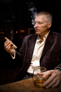 glen_case_scotch_and_cigar3